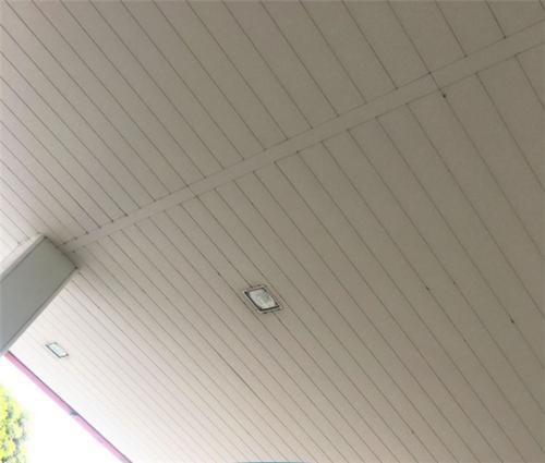 柳州集成铝扣板批发-中山铝扣板批发厂家告诉你集成吊顶优点有什么