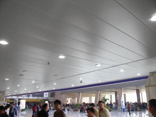 集成铝扣板二级吊顶的效果图-一级吊顶和二级吊顶区别有什么
