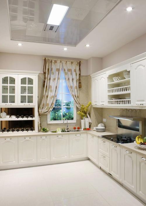 别墅厨房集成吊顶-厨房铝扣板吊顶厂家给你从两个方面看看厨卫颜色怎么选