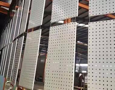 装饰铝扣板生产厂家-铝扣板生产厂家总结几种