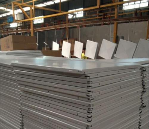 铝扣板是怎么样生产的-什么是铝扣板
