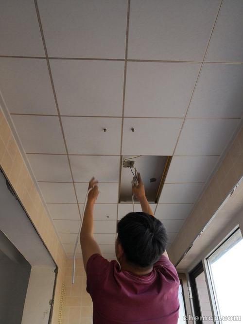 铝扣板吊顶厂家地址电话-卫生间铝扣板吊顶厂家告诉你