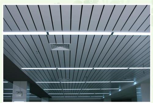 山东集成铝扣板厂家-广东铝天花厂家讲铝扣板吊顶怎么装的平