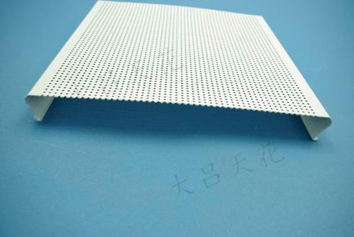 条形铝扣板厂-什么是条形铝扣板吊顶