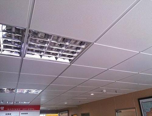 厨卫吊顶铝扣板怎么样选择-来给你讲讲厨卫铝扣板吊顶的作用