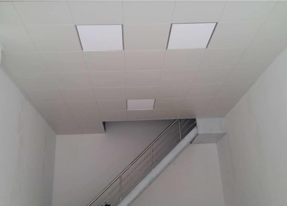 成都墙铝扣板-佛山铝天花厂家讲铝扣板吊顶怎样看水平