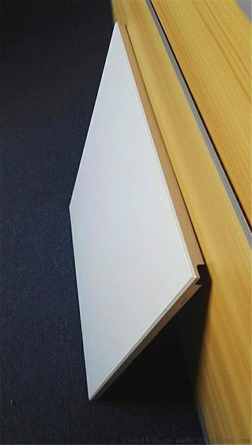 办公楼铝扣板生产-工装吊顶选铝扣板