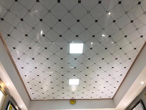 卫生间集成吊顶什么时候装-铝扣板集成吊顶要怎么保养