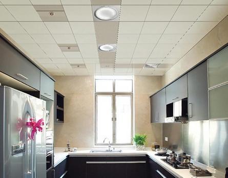 集成板吊顶好还是铝扣板吊顶好-厨房是吊顶好还是刷墙好
