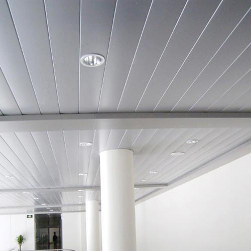 白色条形铝扣板-什么是条形铝扣板吊顶