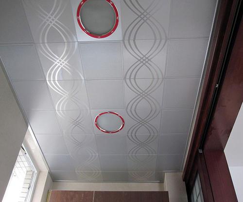 吊顶用的铝扣板售价-阳台吊顶用铝扣板吊顶的优势