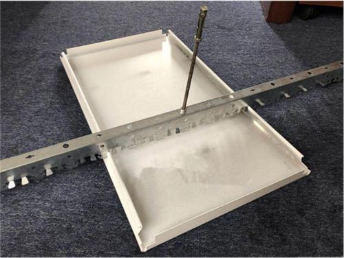 卫生间吊顶铝扣板图-来看看卫生间铝扣板吊顶厂家总结的