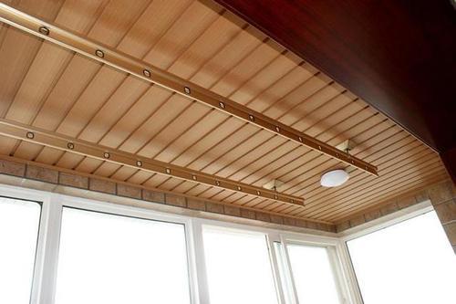 哪个厂铝扣板更好-铝克木和铝扣板哪个更好-铝扣板和吊顶哪个更好