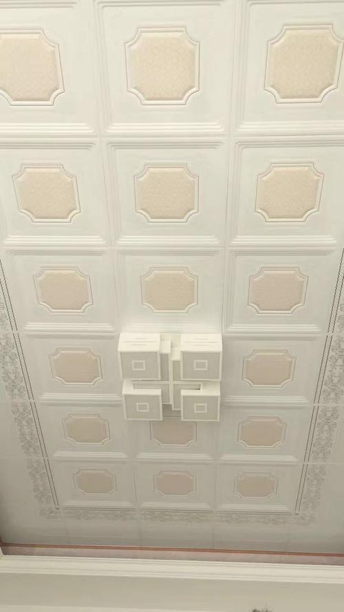 房间铝扣板吊顶效果图-客厅铝扣板吊顶厂家教你客厅吊顶这样装