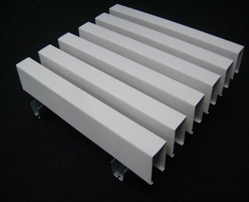 铝方通和铝扣板-木纹铝方通厂家来讲讲铝方通能用多久