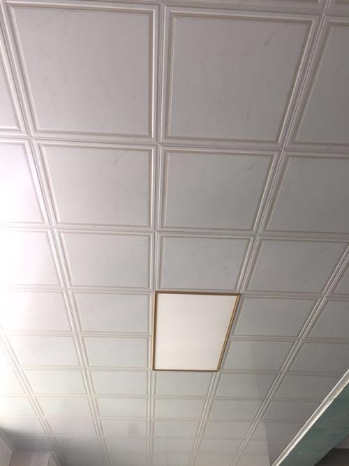 什么卫生间集成吊顶性价比高-厨房、卫生间吊顶使用的铝扣板如何挑选