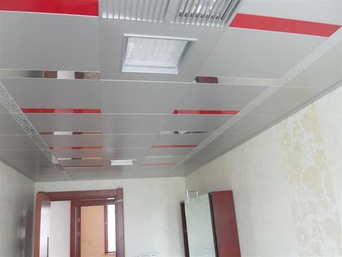 铝扣板厂家成都-铝扣板吊顶批发从这几方面下手