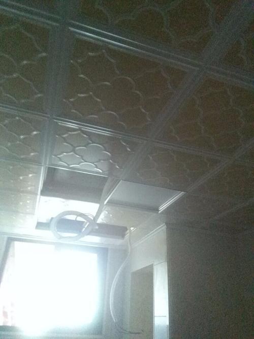集成吊顶和铝扣板哪个耐用-铝扣板和塑钢板哪个好