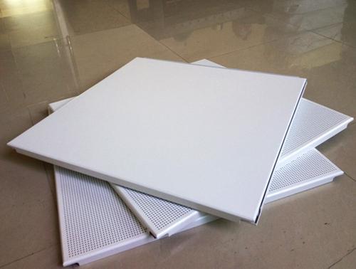天津铝扣板厂家直销-天津高端美容会所使用镂空铝单板、铝方通
