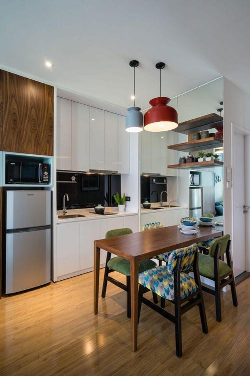 开放式厨房铝扣板吊顶-厨房卫生间选择铝扣板吊顶
