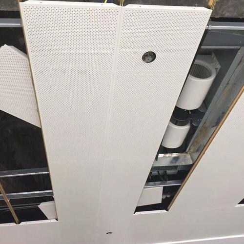 铝扣板吊顶厂家地址电话-卫生间铝扣板吊顶厂家今天就让铝扣板和石膏板来一较高下