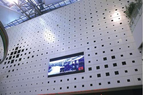 铝扣板幕墙-佛山铝天花厂家来揭秘