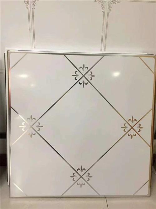 桂林铝扣板批发-铝扣板批发厂家详解食堂铝扣板吊顶可行性