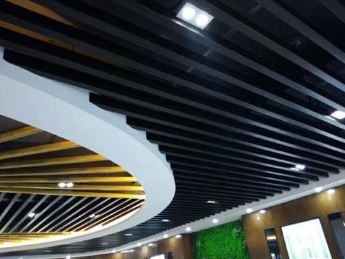铝扣板是做什么的-什么是铝质天花板