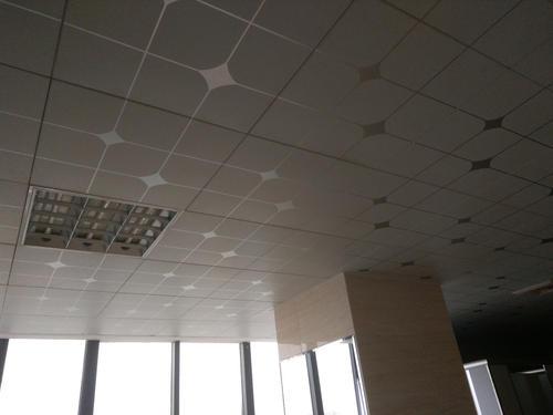 吊顶铝扣板价格便宜什么-铝扣板生产厂家教教你办公室吊顶材料如何选