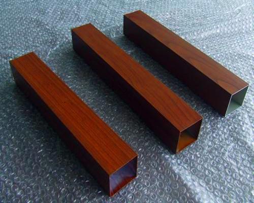 立柱铝形材
